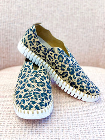 Tulip Slip-On Shoe- Latte Leopard