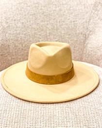 Camel Sundance Hat- Cognac Suede