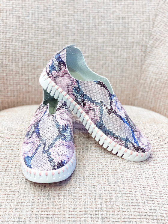 Tulip Slip-On Shoe- Blush Snakeskin