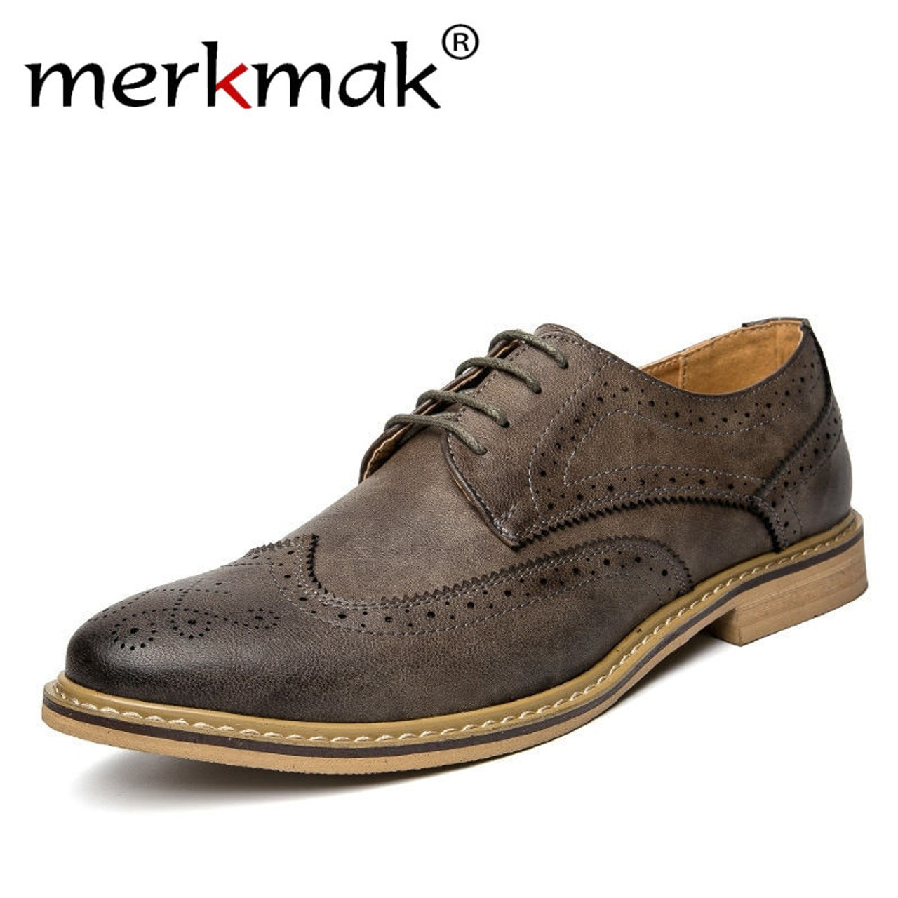 b096dba042 Merkmak New 2018 Luxury Leather Brogue Mens Flats Shoes Casual British  Style Men Oxfords Fashion Brand Dress Shoes For Men