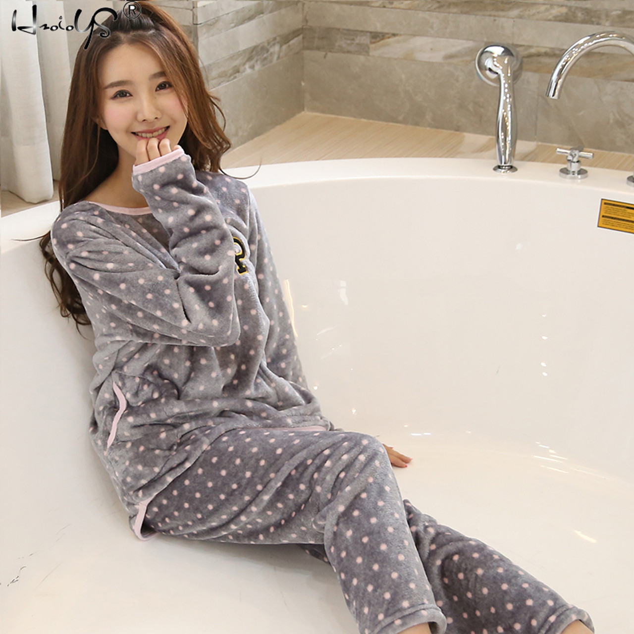 89dbe322e014 Thick Warm Flannel Pajamas Sets Winter Women Two Piece Pajama Set Cartoon Female  Sleepwear Home Clothing ...