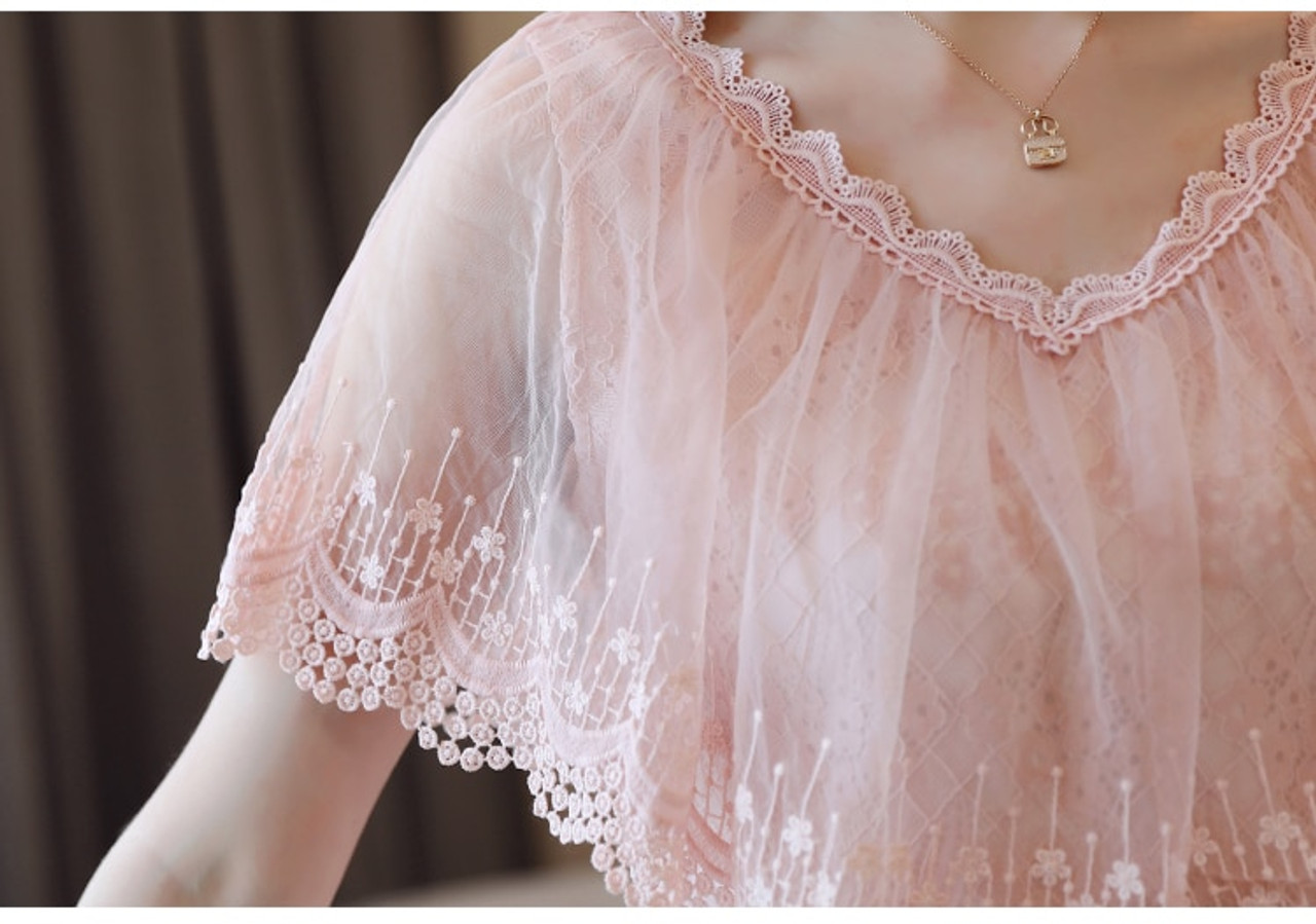 66910715e01f48 ... Women Tops and Blouses Summer Lace Blouse Shirt Fashion Women Blouses  New 2018 Short Sleeve Lace