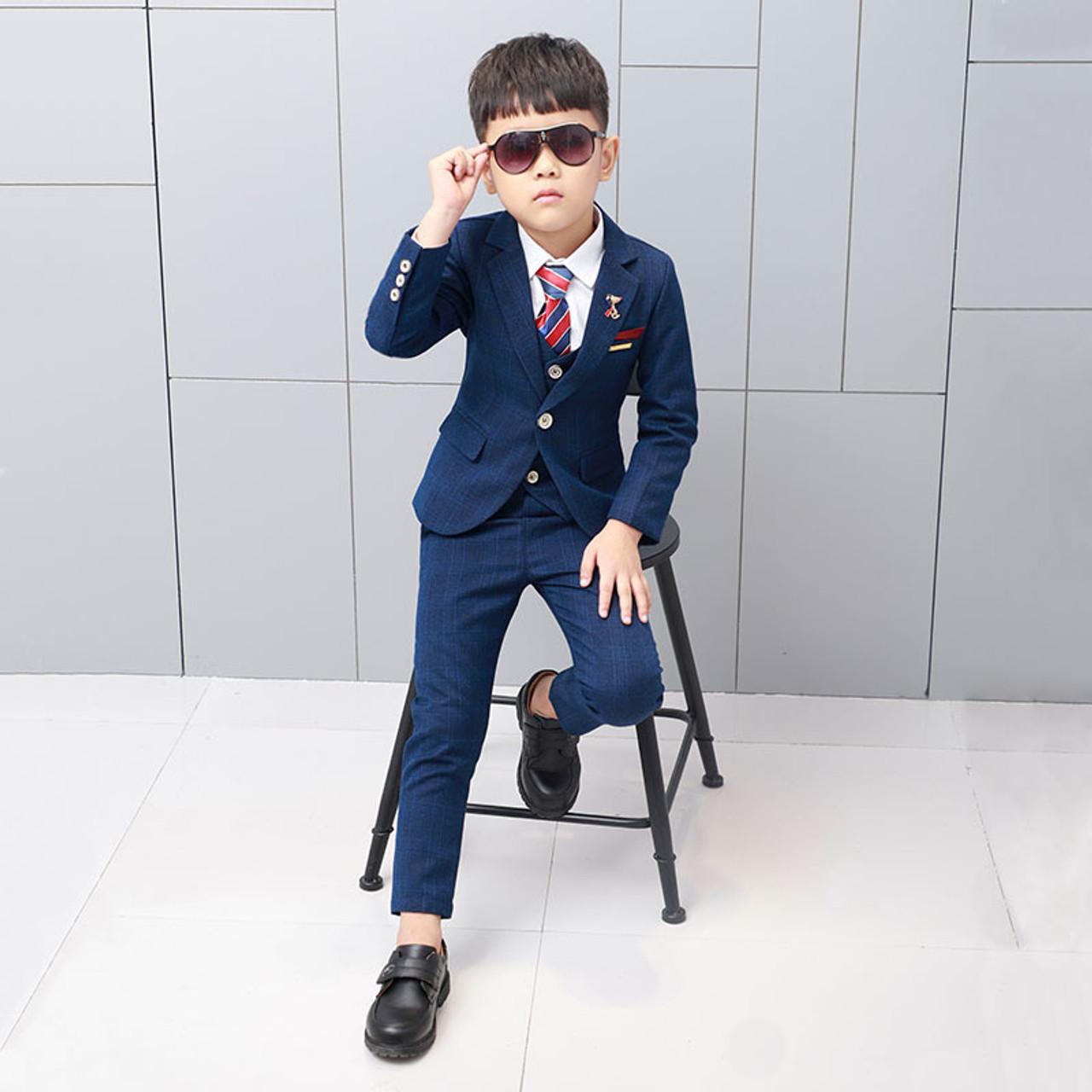 4777dad02 ... ActhInK New Boys Winter Suit 5Pcs Kids Wedding Blazer Suit Boys Shirts  Vest Stylish Clothing Set ...