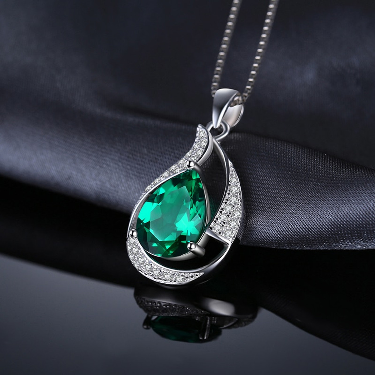 JewelryPalace 2.7ct Created Nano Russian Emerald Pendant 925 Sterling Silver