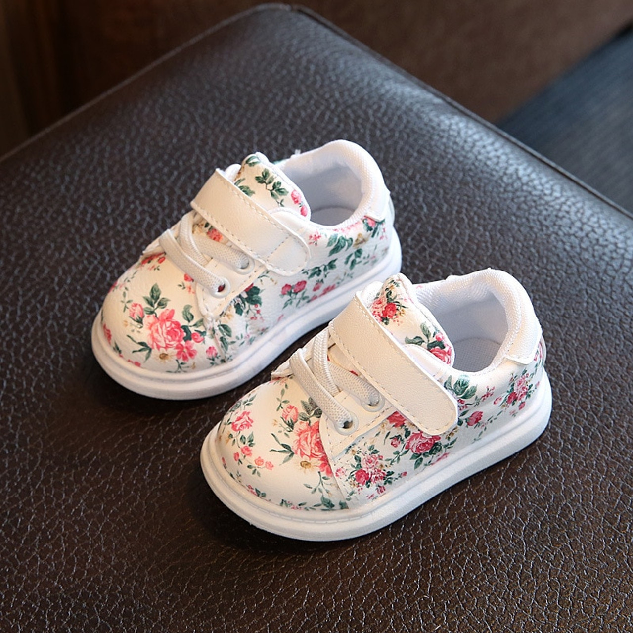 6bf2c3943d7c8 0-3Y Baby Shoes For Girls Soft Black Casual Shoes Flower Infant White Baby  Girl Shoes Soft Toddler Girl Newborn First Walkers