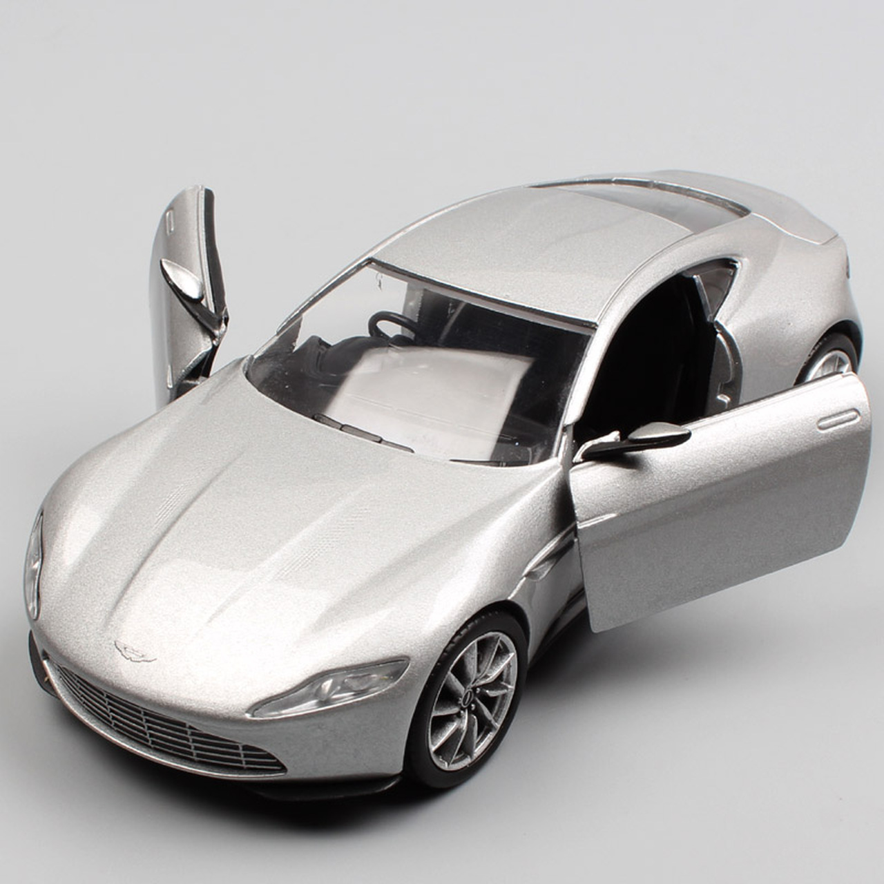 1 36 Scale Corgi Aston Martin Db10 James Bond 007 Spectre Concept Car Sports Coupe Diecast Vehicles Model Toy Gift For Child Boy