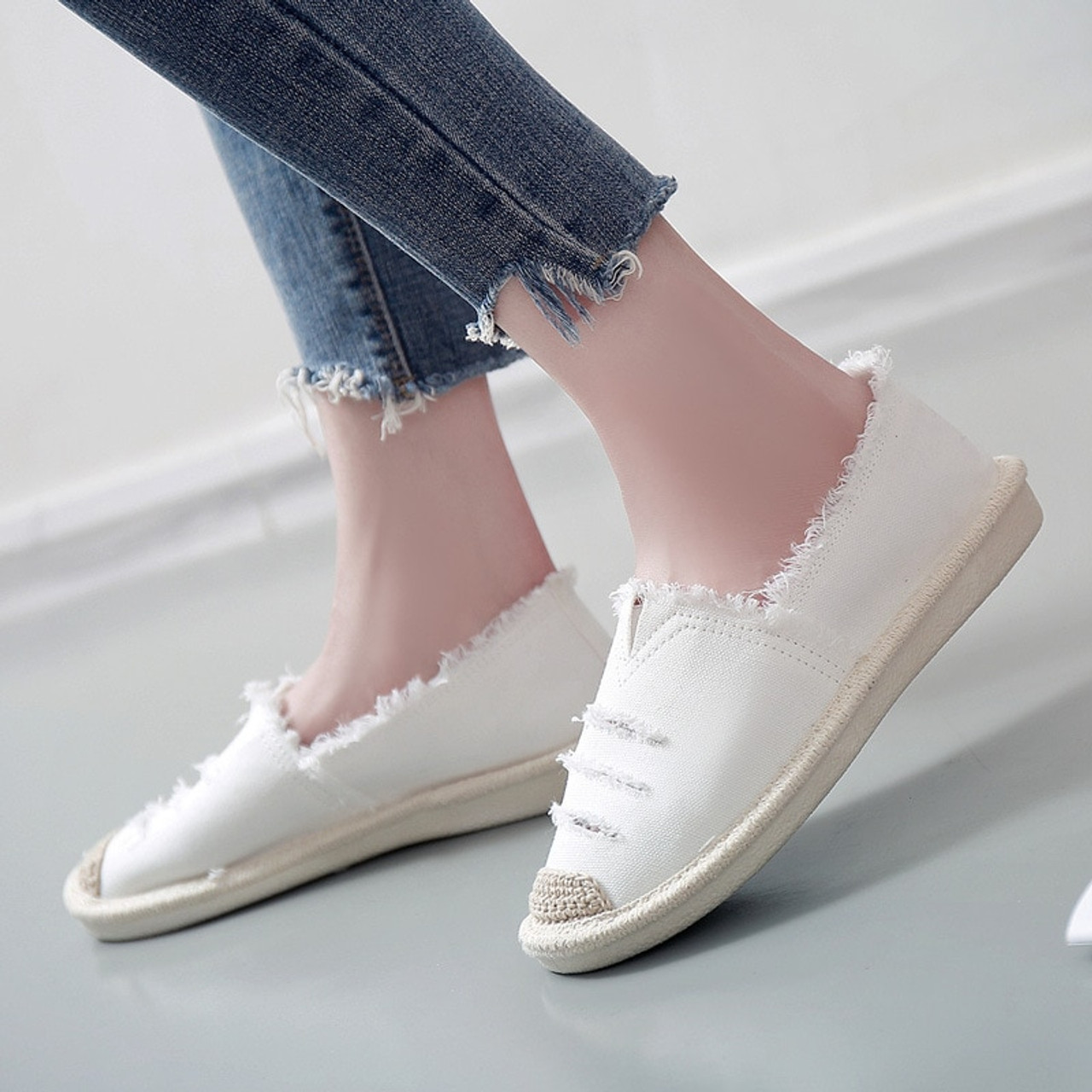 daa6c703ab0 ... Women Flats Shoes Slip On Casual Ladies Canvas Shoes Lazy Loafers  Breathable Female Espadrilles 2018 Spring ...
