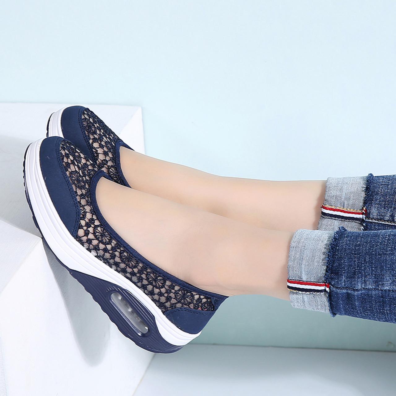 8174ec445cf59 ... STQ 2019 Summer women flat platform shoes women breathable mesh casual  sneakers shoes ladies slip on ...