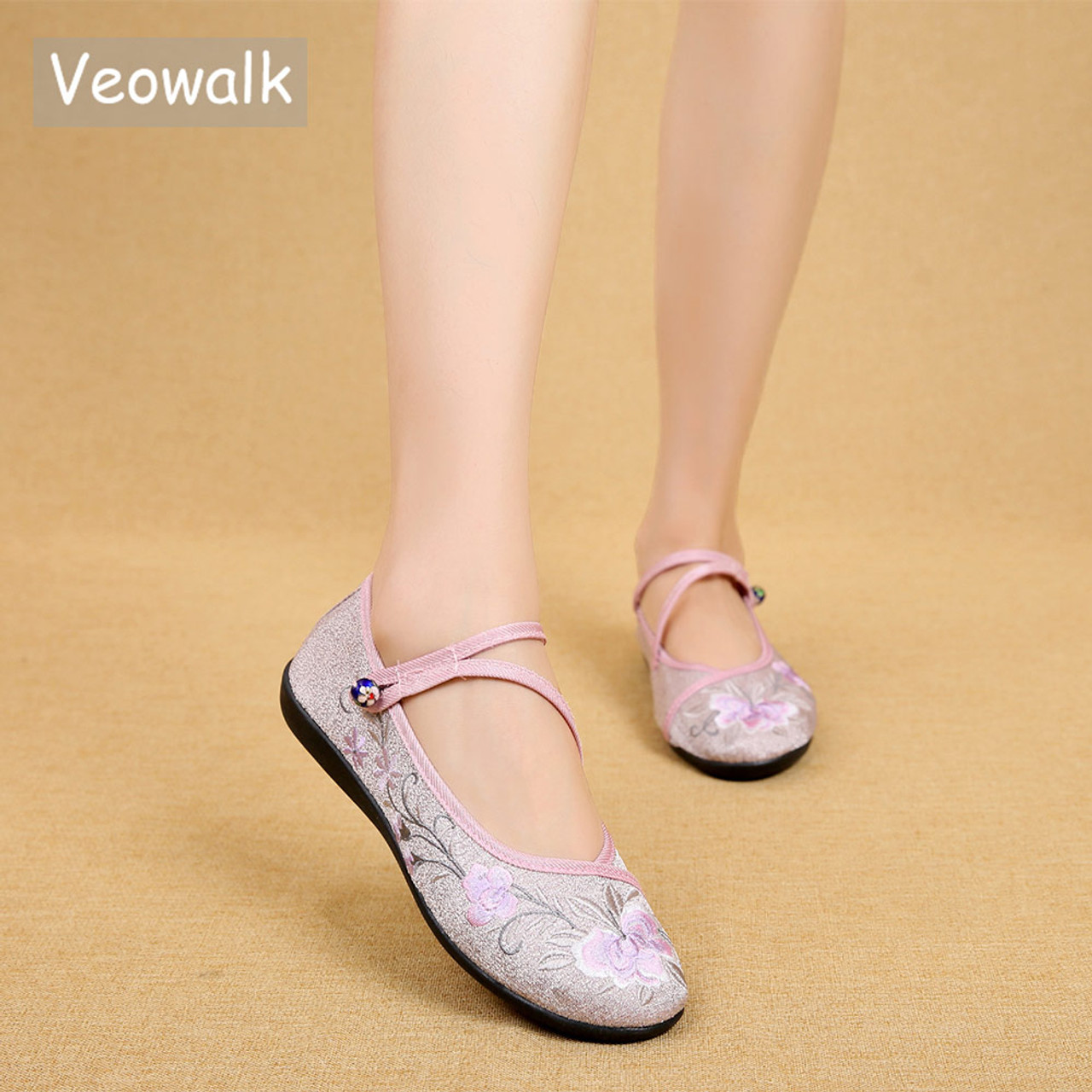 938790edc6bb3 Veowalk Chinese Vintage Flower Embroidered Women Cotton Nurse Ballet Flats  Triangle Buckles Ladies Soft Foldable Comfort Shoes