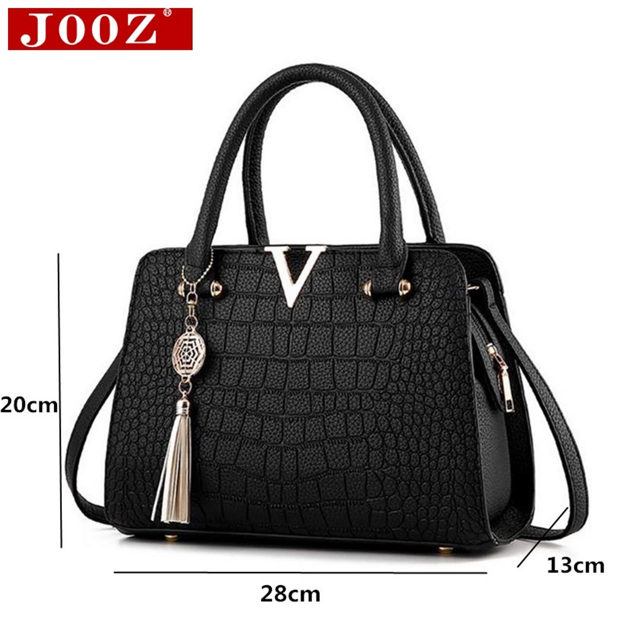 7507cf4e8cb2 ... Crocodile leather Women Bag V letters Designer Handbags Luxury quality  Lady Shoulder Crossbody Bags fringed women ...