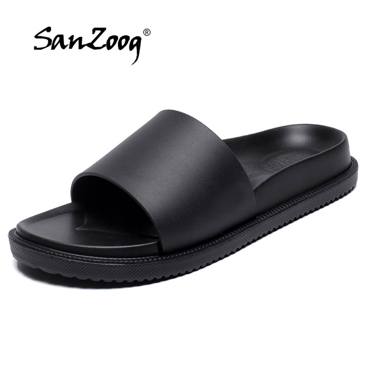 af92bef0b Home Slippers Men Casual Black and White Shoes Non-slip Slides Bathroom  2018 New Summer ...
