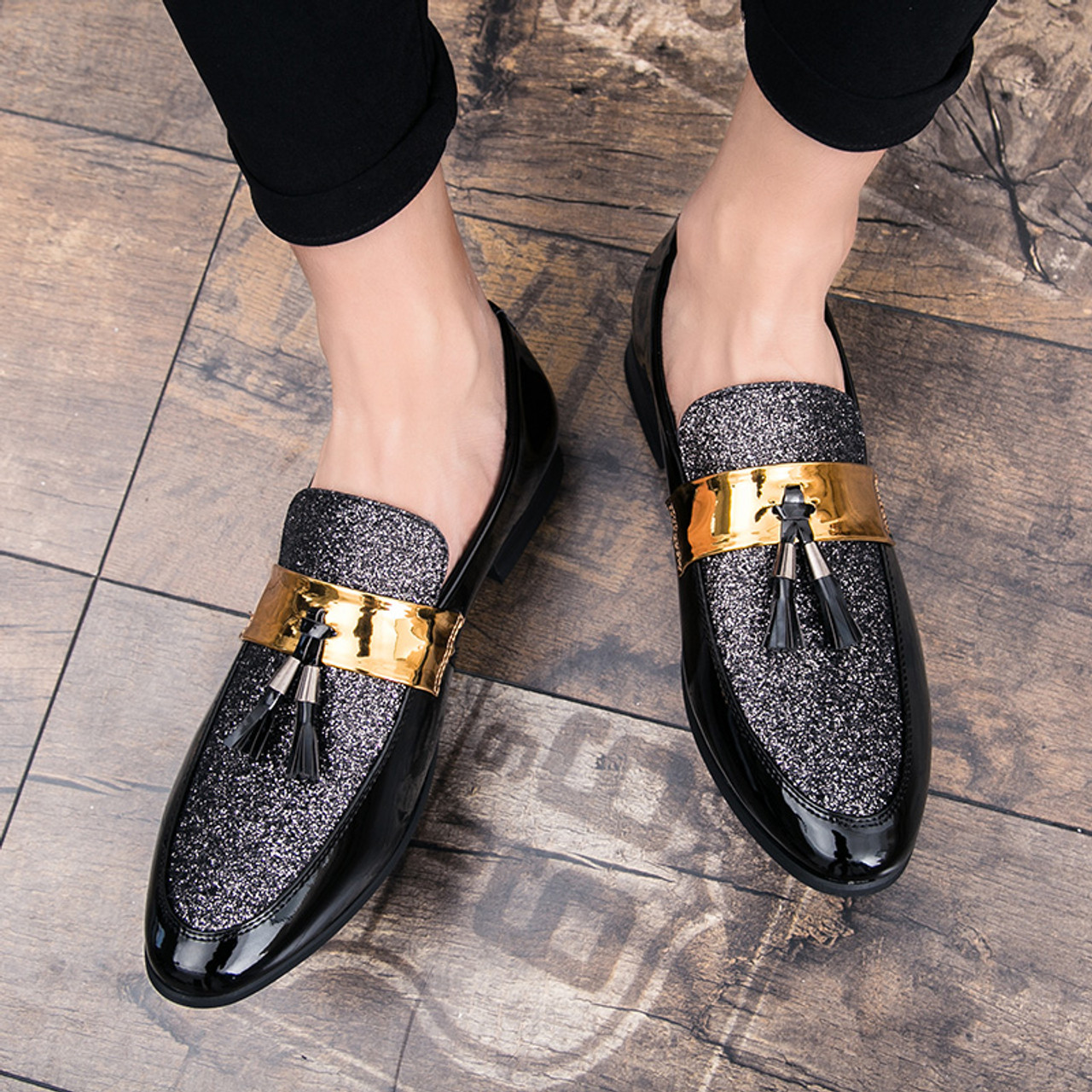 Men Casual Shoes Fashion Slip-On