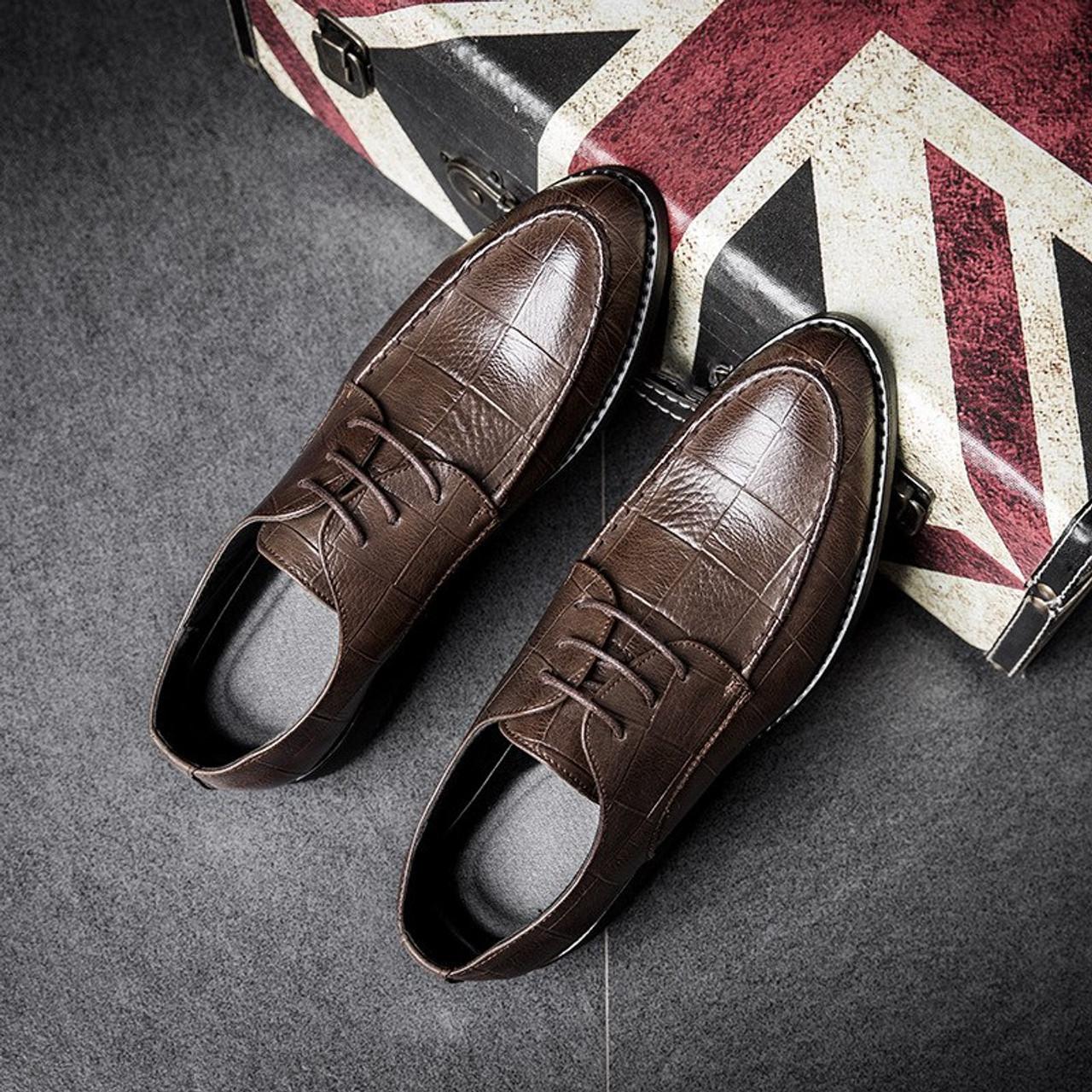 b9ceb80131d ... 2018 Ltalian Luxury Designer Formal Mens Dress Shoes Genuine Leather  Black Basic Flats For Men Wedding ...