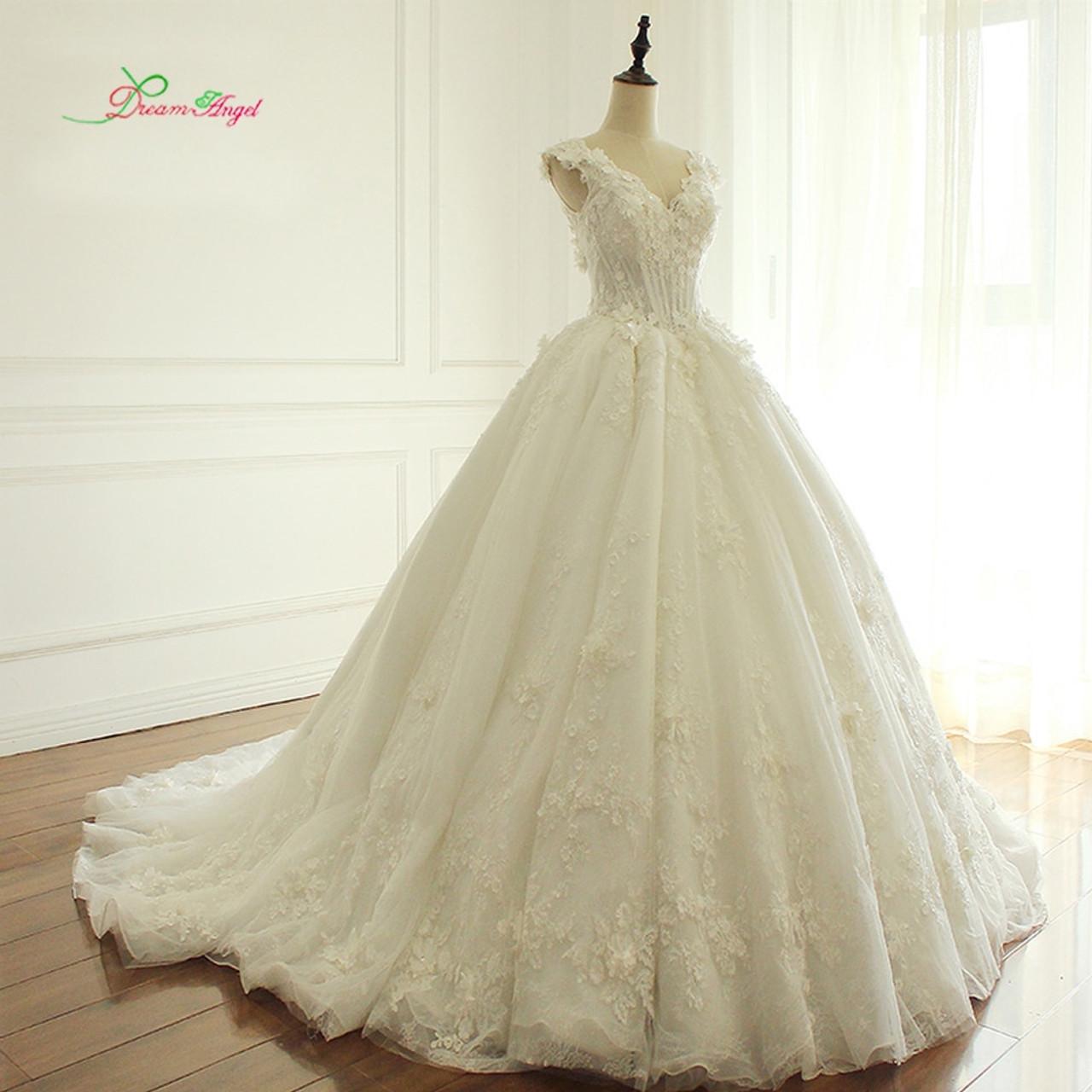 cded2b0db5f0 Dream Angel Elegant Flowers Lace Princess Wedding Dress 2019 Beading  Appliques Vintage Bride dresses Robe De ...