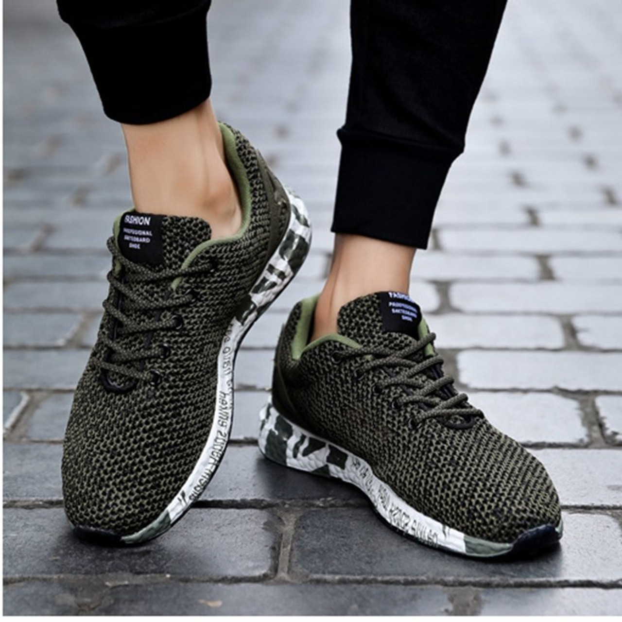 c4742b06baf67 ... 2018 Summer New Running Shoes Men Light Mesh Shoes Comfortable Men  Sports Sneakers Breathable Free Flexible ...
