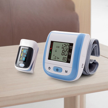 Yongrow Medical Digital Wrist Blood Pressure Monitor and Fingertip Pulse Oximeter SpO2 Family Health Care Sphygmomanometer