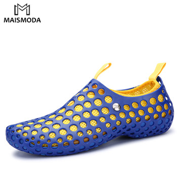 MAISMODA 2018 Summer Hollow Casual Men Sandals Fashion Breathable Flat Beach HolesBeach Shoes Water Shoes Slippers YL183