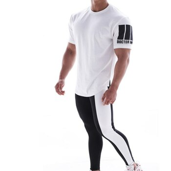 2020 New Men Gym Shirt Running Shirt Men T-Shirt Running Slim Fit Tops Tee Sport Men 's Fitness Gym T Shirts Training Sportswear