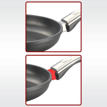 Prestige Die Cast Plus Fry Pan 200mm With Heat Indicator
