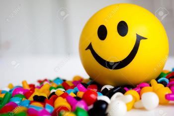 1 Pcs Smiley Soft Balls Cute Funny Yellow Emoji Happy Smiley Face Squeeze Sponge Balls (1 Pcs Smiley Soft Balls Cute Funny Yellow)