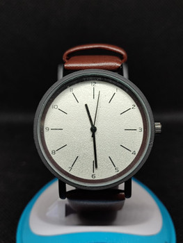 New Fashion White Dark Brown 2021 Men's Simple Style Men's Women Watch Fashion Men Wristwatch Fashionable casual Watches