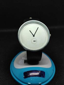 New Luxury Casual Analog Alloy Quart Watch Quartz Watch For Men