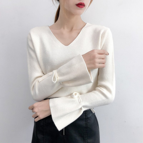 2018 Autumn Fashion Sweaters Women Pure Color Pullover Flare Sleeve Lace Up Knitting Tops Femme Outwear V-Neck Sweater Pullovers