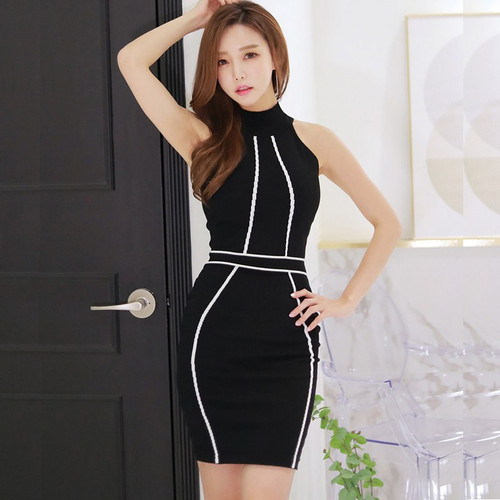 2018 New Chic Elegant Bodycon Dress Striped Sexy Knit Sleeveless Stand Collar Mini Celebrity Party Wear Bandage Dress Black