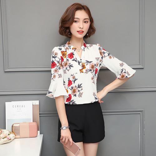2018 Autumn Floral Chiffon Blouse Women Tops Flare Sleeve Shirt Women Ladies Office Blouse Korean Fashion Blusas Chemise Femme