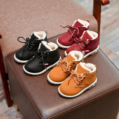 Top Selling Children Boots Shoes 2017 New Winter Plush Warm Martin Boys Shoes Fashion Leather Soft Fleece Antislip Girls Boots