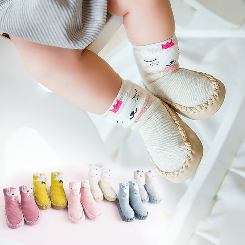 2018 New Infant Cartoon Socks Baby Toddler Shoes and Socks Leather Sole Non-Slip Baby Socks Moccasins Slippers
