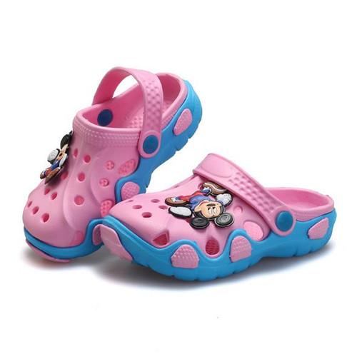 2018 Summer Kids Shoes Boys Girls Slippers Comfortable Cute Cartoon EVA Clog Slippers Outdoor Kids Sandals Boys Beach Shoes