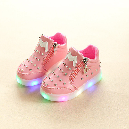 2018 New girls boys shoes fashion LED lighted toddlers cute lovely baby boots warm colorful glitter baby first walkers sneakers