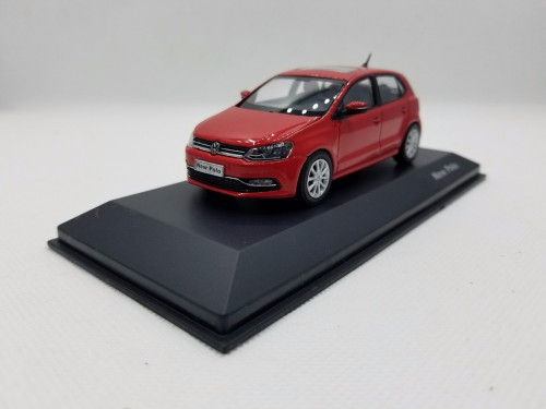 1:43 Diecast Model for Volkswagen VW New Polo 2014 Red Hatchback Alloy Toy Car Miniature Collection Gifts