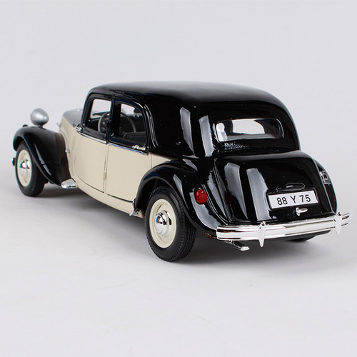 Maisto 1:18 1952 Citroen 15CV 6 Cyl car diecast black white 265*95*84mm motorcar diecast vintage car models for collecting 31821
