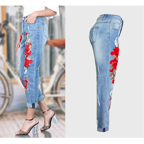 2017 Hot Vogue Jeans Women Stretch Loose Denim Pants Floral 3D Embroidery Bleach Ripped Pants Female Elastic Denim Jeans Pants