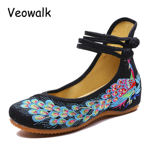 Veowalk Spring Handmade Woman Ballet Flats Shoes Sequined Peacock Embroidery Shoes Women Old Peking Casual Cloth Dancing Shoes