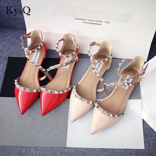 2018 New Leather Casual Women Pointed Toe Rivet Flat Bottom Shoes Summer Women Slip On Valentine Flats Candy Color Zapatos Mujer