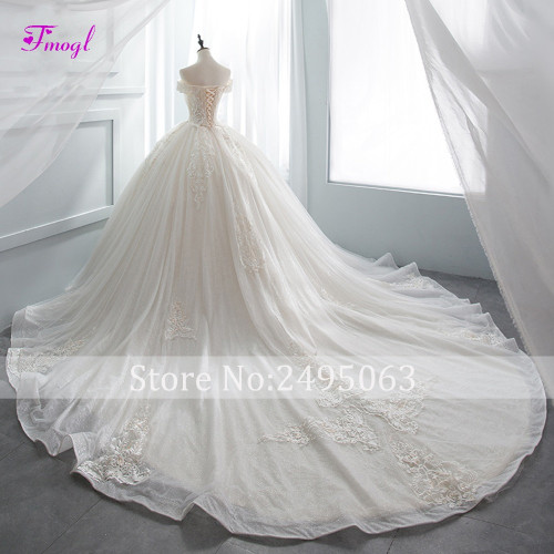 Fmogl Gorgeous Appliques Chapel Train Ball Gown Wedding Dress 2018 Luxury Beaded Boat Neck Princess Bridal Gown Vestido de Noiva