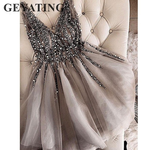 Elegant Crystal Beaded Gray Cocktail Dresses 2019 Short Homecoming Dress Sexy V-neck Tulle Knee Length Formal Dress Party Gowns