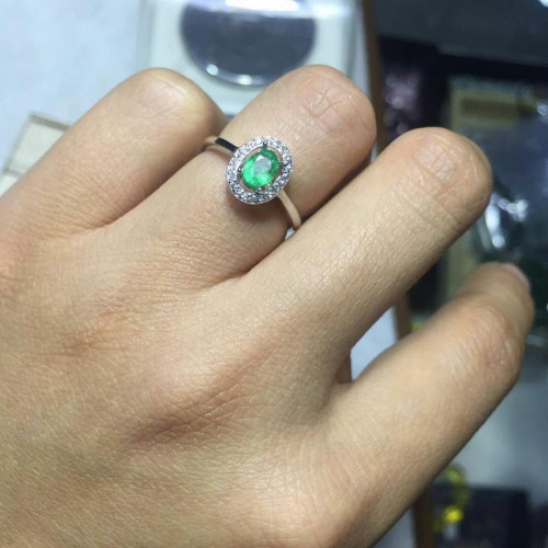 Emerald Ring GemStoneKing Oval Green Nano Emerald 925 Sterling Silver Engagement Ring For Women