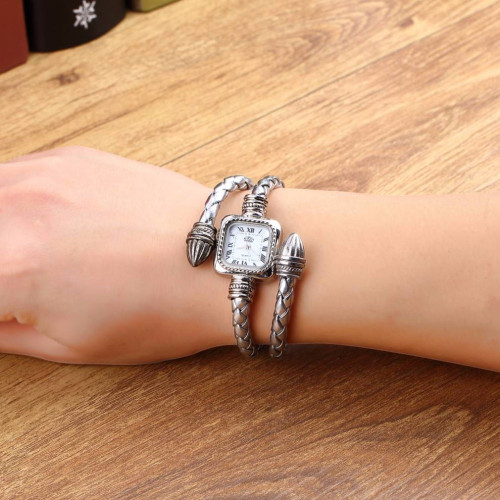 2018 Stylish Birthday Gift Lady Women Girl Female Snake Style Alloy Vintage Retro Bangle Bracelet Wristwatch Quartz Wrist Watch