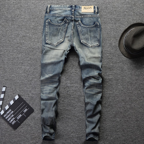 2018 Fashion Designer Men Jeans Slim Fit Blue Color Cotton Denim Pants Ripped Jeans For Men Patch Design Classical Jeans homme