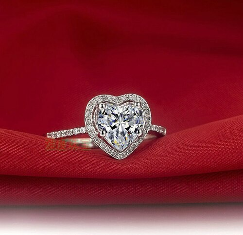 Amazing! Natural! 2 Ct Heart-Shape SONA Weeding ring, silver white engagement ring for women
