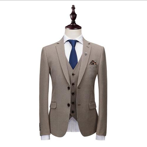Batmo 2018 new arrival autumn high quality plaid casual skinny khaki suits men,men's print wedding dress,men's suits XZ167