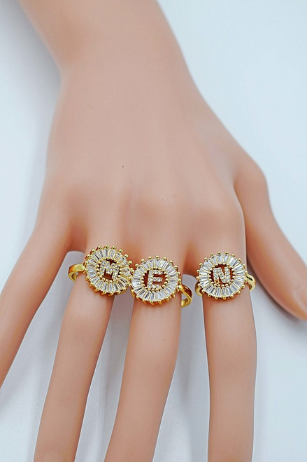 Charm Zircon 26 English Letter Fashion Ring Copper Micro Inlaid Cubic Zirconia Zircon Cz Ring Size Adjustable