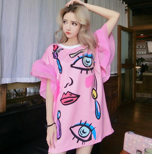 2018 Summer New Arrival Women O-neck Chiffon Spliced Flare Sleeve Abstract Print Hit Color Loose Medium Long T-shirts Tops