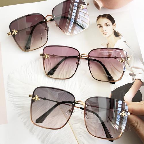 HBK Luxury Square Bee Sunglasses Women Men Retro Brand designer Metal Frame Oversized Sun Glasses Female Grandient Shades Oculos