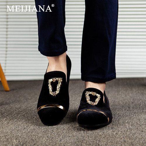 MEIJIANA 2019 New loafers Fashionable Luxury Men's Casual Shoes Wedding and Party Loafers Dress Shoes Loafers Men Velvet Shoes