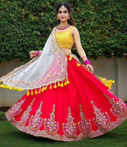 New Designer Amzaing Lehenga With Dupatta Choli